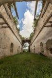 Église chrétienne abandonnée dans la petite ville mexicaine Photographie stock