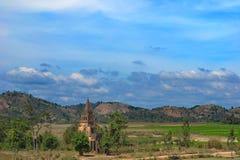 Église chrétienne au milieu de nulle part, Vietnam central images stock
