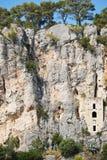 Église construite dans des roches dans la fente Photographie stock