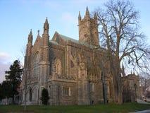 Église dans l'automne Photo stock