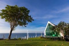 Église dans le bord de la mer Photo libre de droits