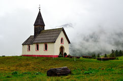 église dans les senales val, Tyrol du sud, Italie Photographie stock libre de droits