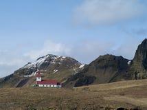 Église dans Vik, Islande Photographie stock libre de droits
