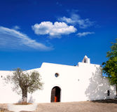 Église de blanc d'Ibiza Santa Agnès de Corona Ines images stock