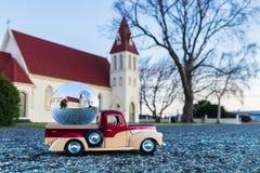 Église de boule en verre Images stock