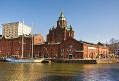 Église de brique rouge à Helsinki Photographie stock libre de droits