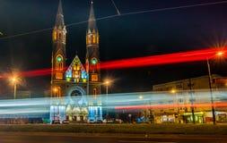 Église de Catolic dans Timisoara par nuit Photographie stock