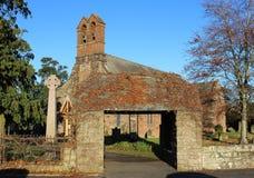Église de Dalston et porte de Lych, Cumbria, Angleterre photographie stock