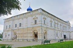 Église de l'éloge de la mère de Dieu dans le monastère de Danilov de trinité dans Pereslavl-Zalessky, Russie Image stock