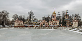 Église de l'exaltation de la croix sainte, Moscou, Russie Photo stock