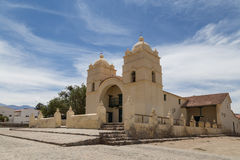 Église de Molinos sur l'itinéraire 40 photo stock