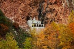 Église de Nikolaos de saint en montagne de Pindos photos stock