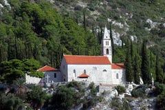 Église de notre Madame des anges dans Orebic, Croatie photo stock