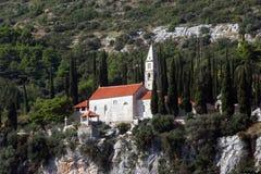 Église de notre Madame des anges dans Orebic, Croatie images stock