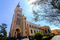 Église de poulet dans la ville de Dalat Photographie stock