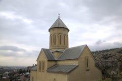 Église de Saint-Nicolas La forteresse de Narikala image libre de droits