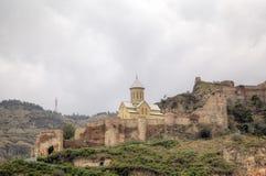Église de Saint-Nicolas La forteresse de Narikala photos stock