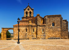 Église de San Vicente Martir y San Sebastian dans Frias photos libres de droits