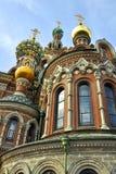 Église de sauveur sur le sang renversé, St Petersburg Photographie stock libre de droits