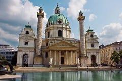 Église de St Charles Borromeo (saucisse Karlskirche) à Vienne Photo stock