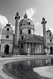 Église de St Charles Borromeo (saucisse Karlskirche) à Vienne, Autriche Photographie stock libre de droits