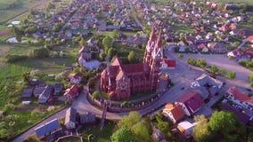 Église de Sveksna en Lithuanie banque de vidéos