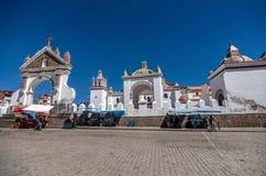 Église de ville de Copacabana, Bolivie Images stock
