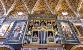 Église de visite de monastère de St Maurizio photos stock