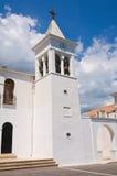 Église des solides solubles. Maria della Luce. Mattinata. La Puglia. L'Italie. Photographie stock libre de droits