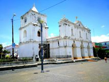 Église du ³ n d'Inmaculada ConcepciÃ, Heredia, Costa Rica Photographie stock libre de droits