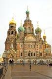 Église du sauveur sur le sang renversé à Pétersbourg, Russie Photos stock