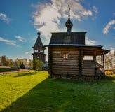 Église en bois reconstituée photographie stock