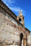 Église en pierre de ville Photos libres de droits