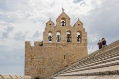 Église enrichie de Saintes-Maries-de-la-Mer photo libre de droits
