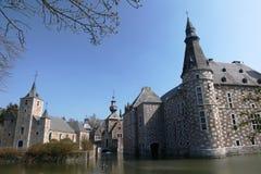 Église et château photographie stock