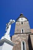 Église et le crucifix Photo stock