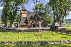 Église gothique en bois dans Debno, Pologne Photographie stock