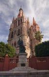 Église Mexique de Parroquia de moine de statue Images libres de droits