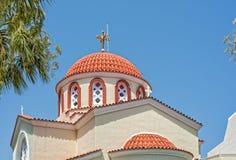 Église orthodoxe grecque au soleil Image libre de droits
