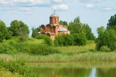 Église orthodoxe médiévale Voisinages de Veliky Novgorod, Russie images stock
