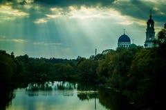Église orthodoxe russe dans la région de Kaluga image stock