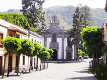Église pittoresque canarienne de rue, Espagne Image libre de droits