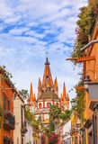 Église San Miguel de Allende Mexico de Parroquia de rue d'Aldama Images stock