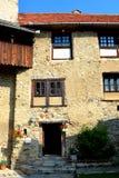 Église saxonne médiévale enrichie dans Calnic, la Transylvanie Photographie stock libre de droits