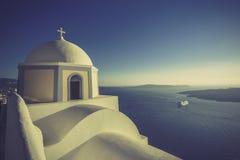 Église traditionnelle dans Thira, Santorini, Grèce Images libres de droits