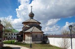 ?glise Trinity enti?rement en bois construite au XVI?me si?cle, Sviyazhsk image libre de droits