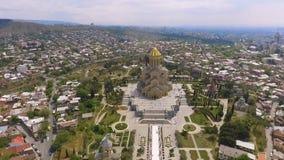 Église Trinity sainte à Tbilisi, monument architectural, attractions touristiques banque de vidéos