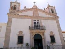 Église un jour ensoleillé lumineux au Portugal photo stock