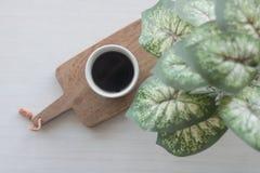 Égouttement de café en verre en céramique Images libres de droits