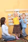 Élèves du cours préparatoire photos stock